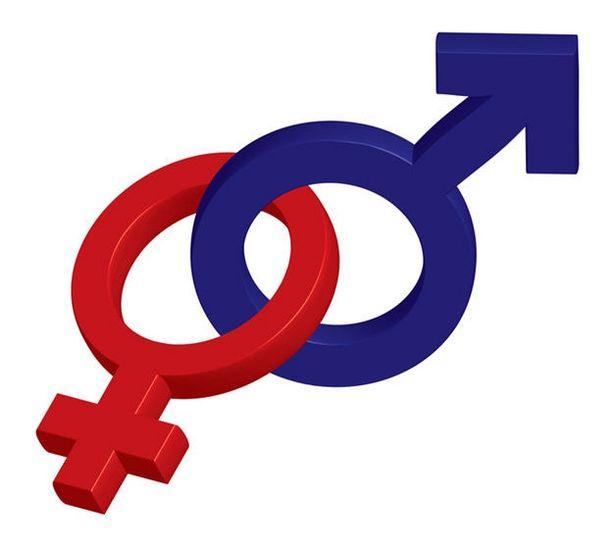 Τι λένε οι Αιγιώτες για την αλλαγή φύλου στα 15 (vid)